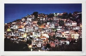 litho-favela-nuit